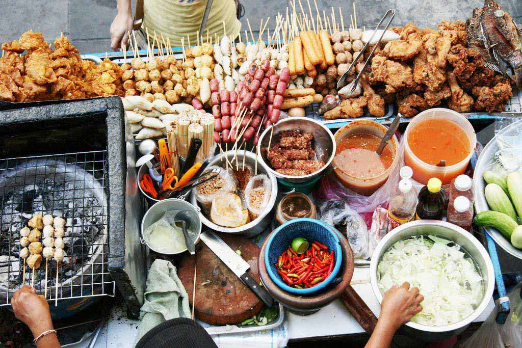 street_food_travel_abroad_world_travel_bound