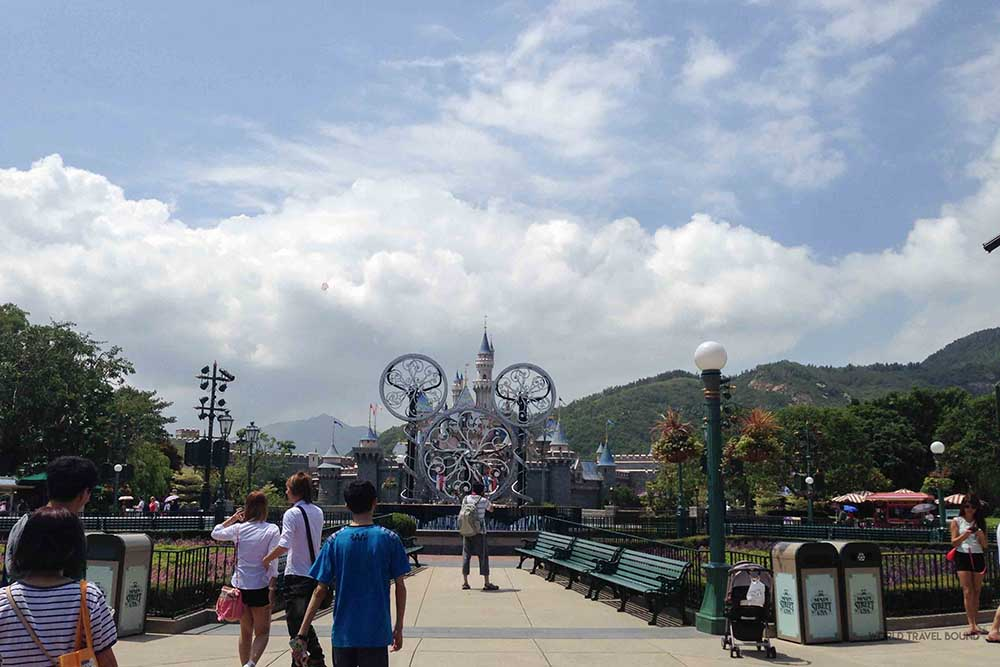 hong_kong_disneyland_entrance_world_travel_bound