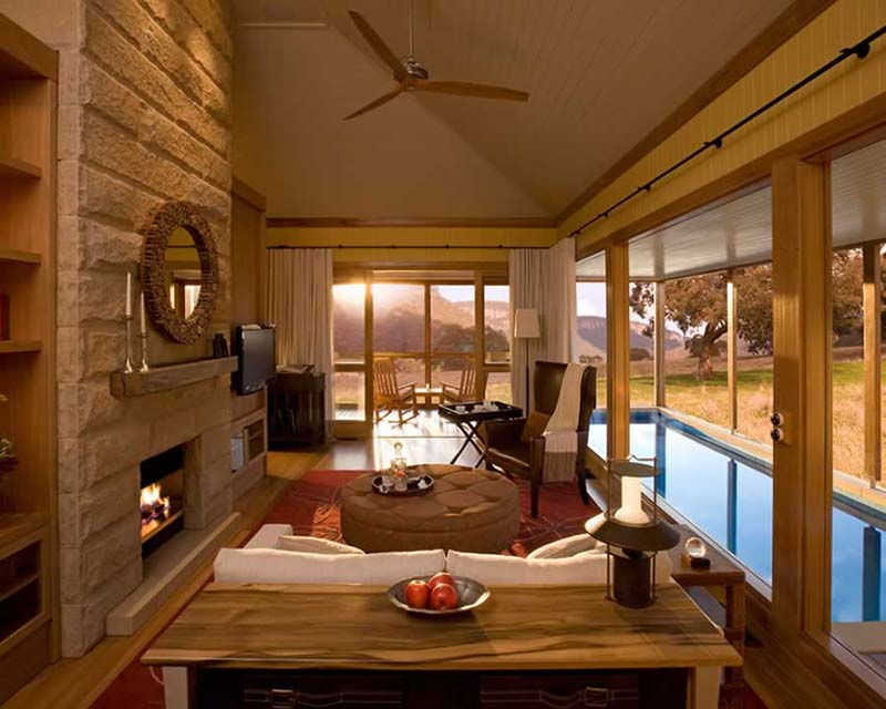 Top 5 Luxury Romantic Getaways near Sydney (9)